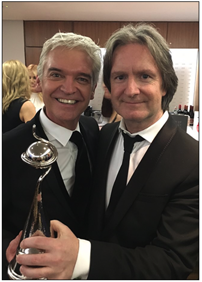 Meeting:  Phillip Schofield and Martin Frizell with a National Television Award (c) Twitter